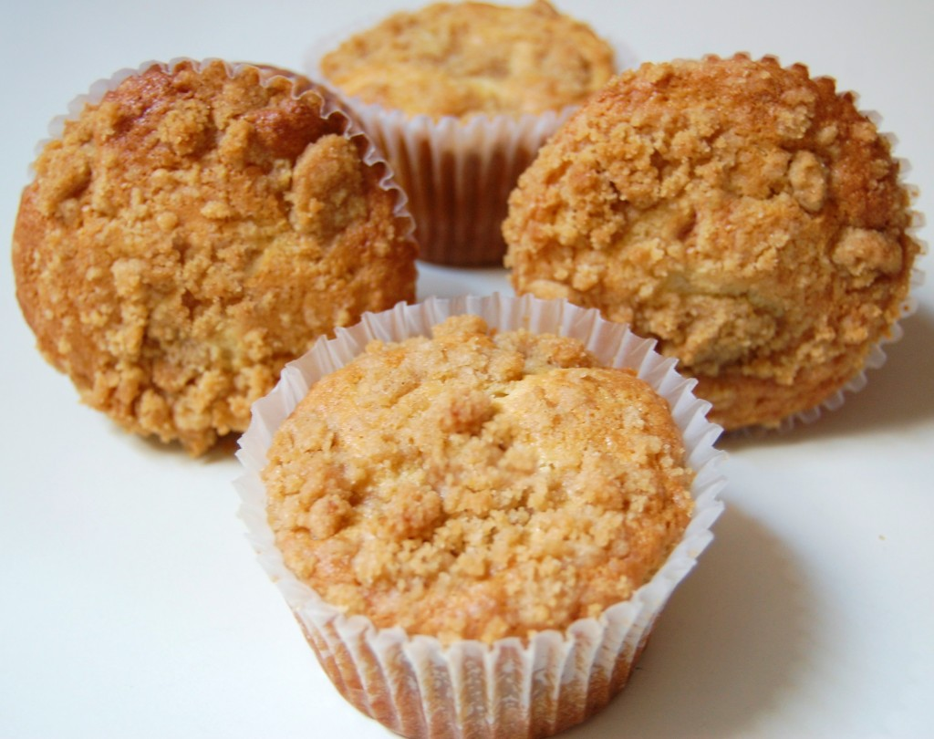Coffeecake Muffins with Streusel Topping
