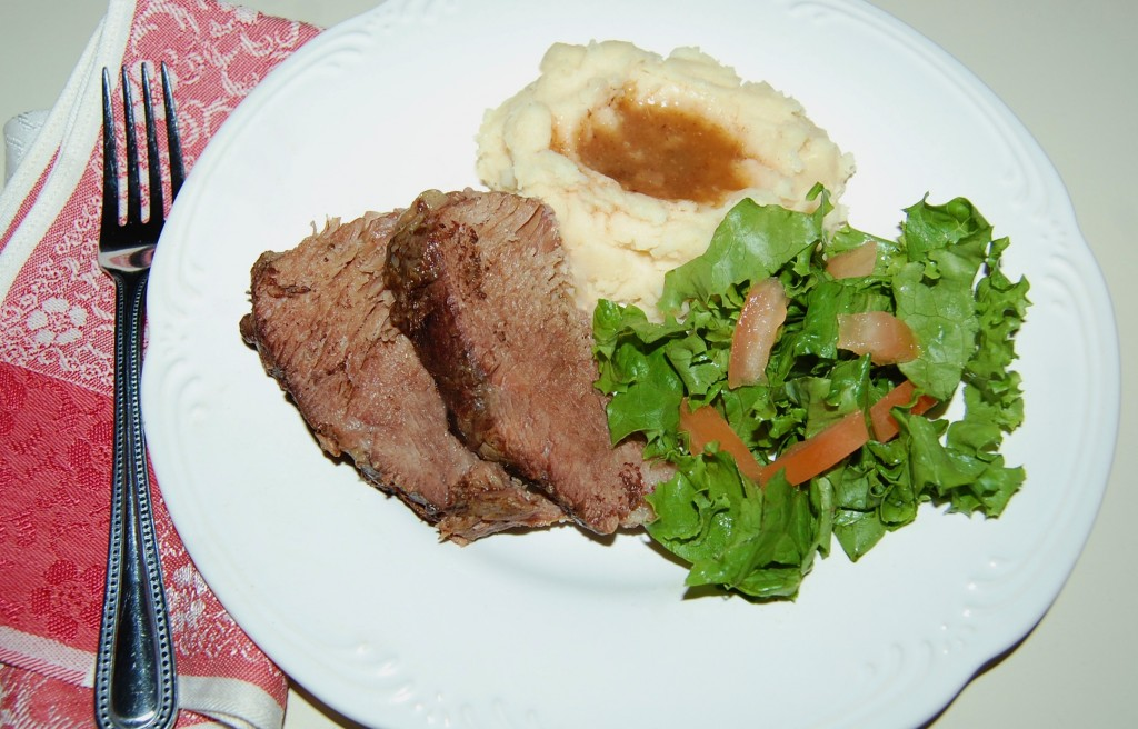 Easy Slow Cooker Roast Beef