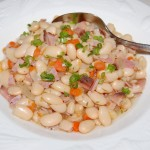 Slow Cooker White Beans with Smoked Ham