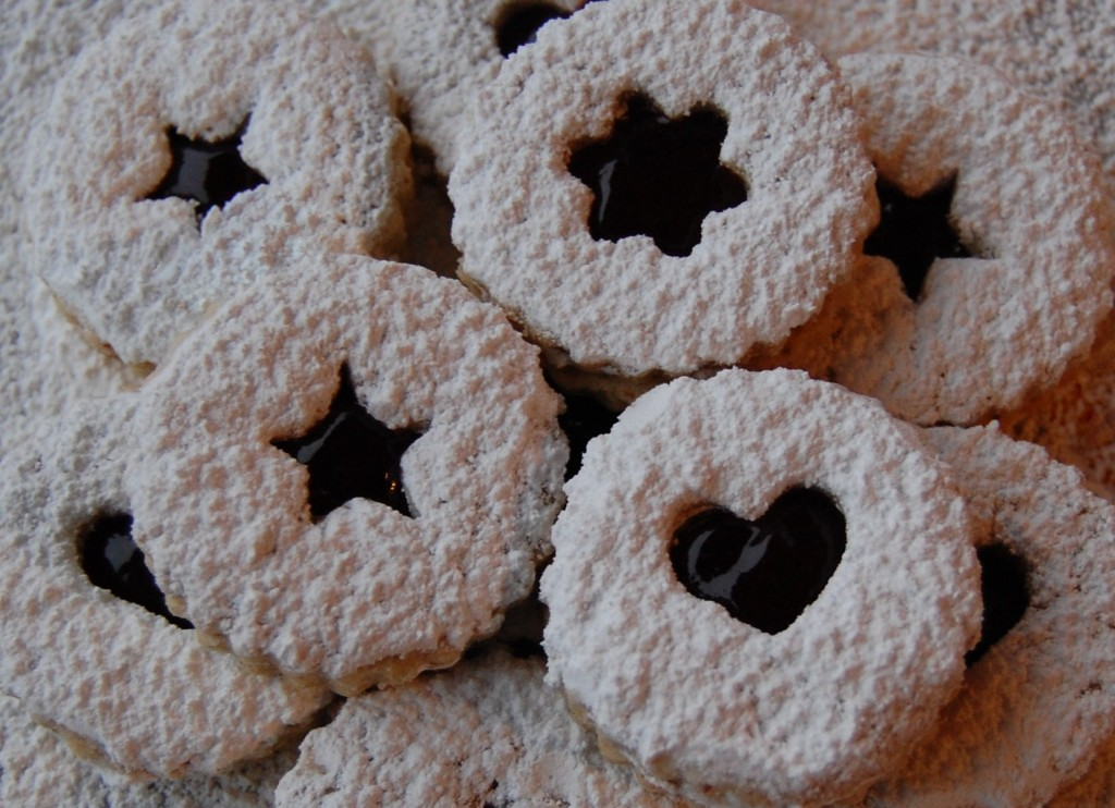 Linzer Cookies | Cooking Mamas