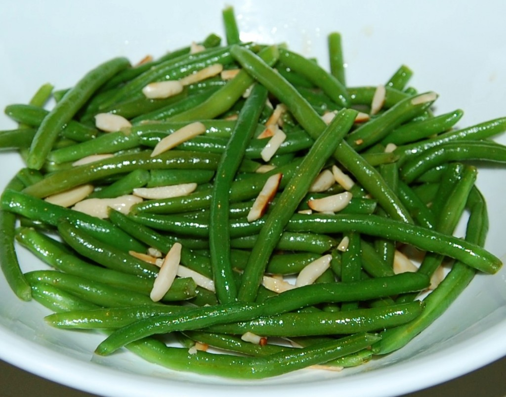 Teriyaki Green Beans with Slivered Almonds