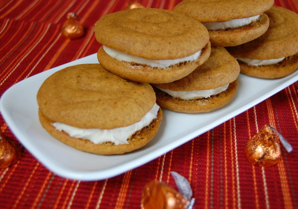 Pumpkin Whoopie Pies with Cinnamon Cream Cheese Filling