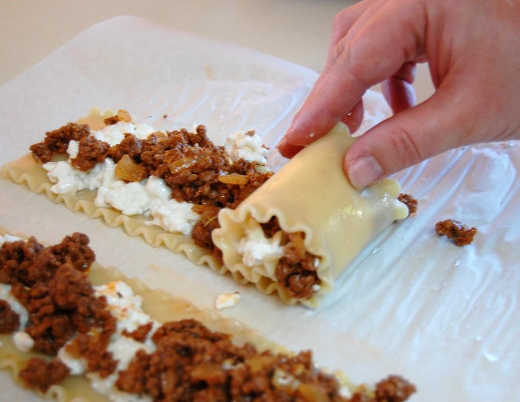 recipe: meat lasagna roll ups [21]