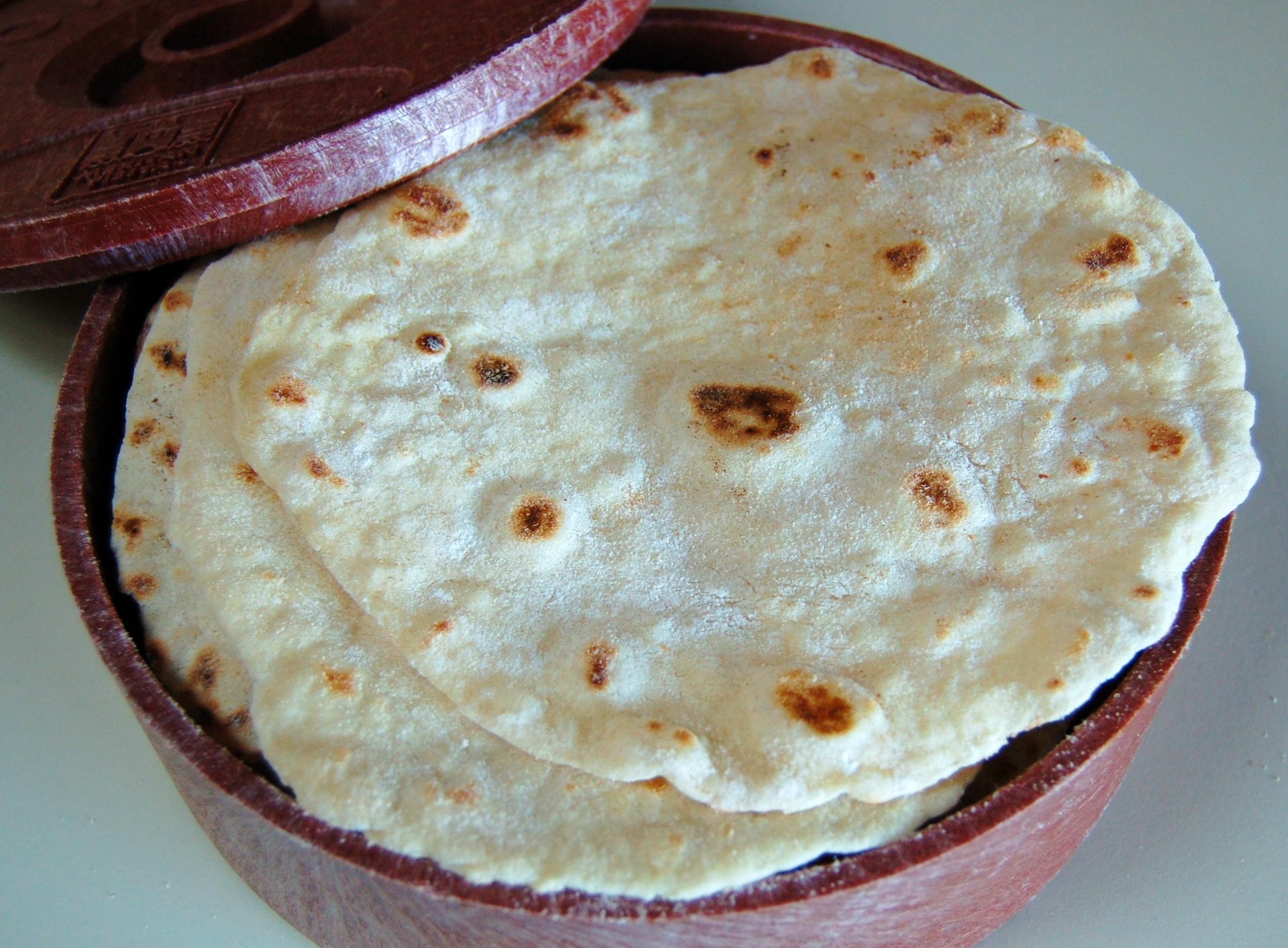 Homemade Flour Tortillas | Cooking Mamas
