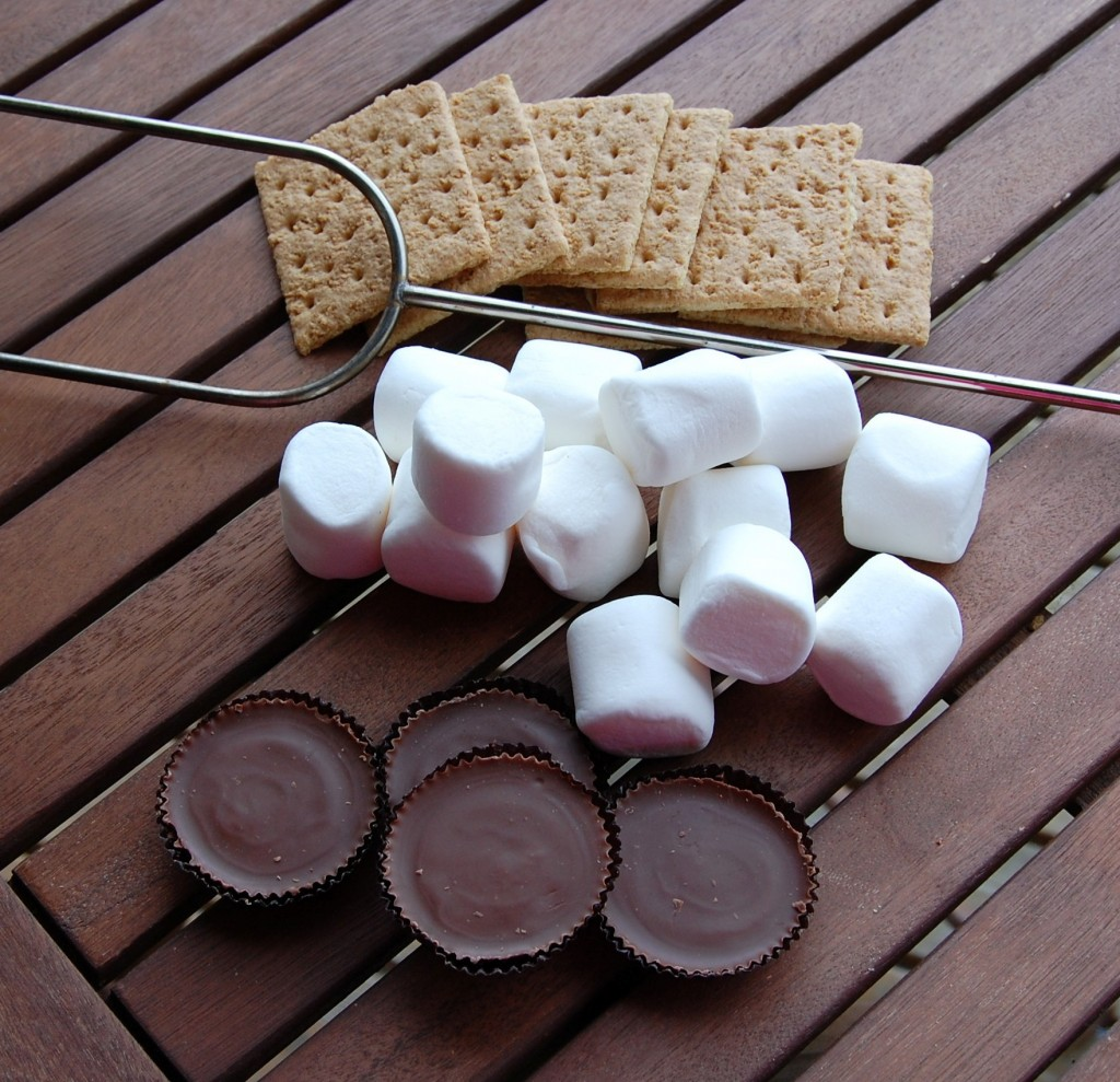 Peanut Butter Cup Smores (3)