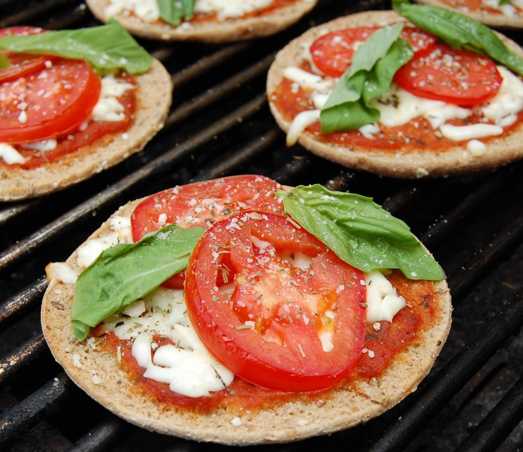 Skinny Margherita Pizzas