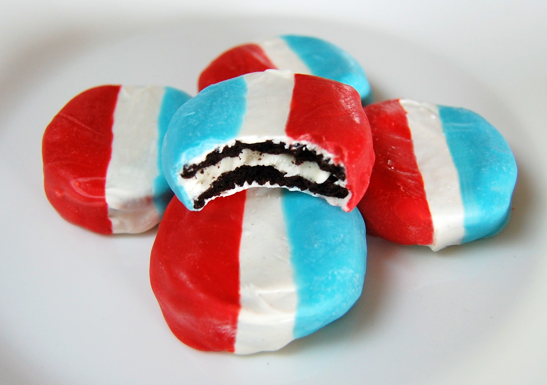 Red White & Blue Dipped Oreos | Cooking Mamas