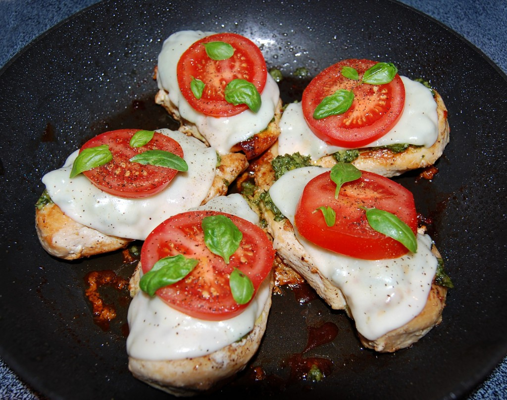 Caprese Chicken | Cooking Mamas