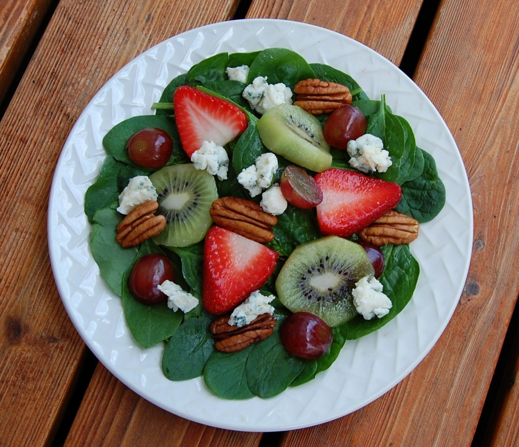 Strawberry Kiwi Spinach Salad