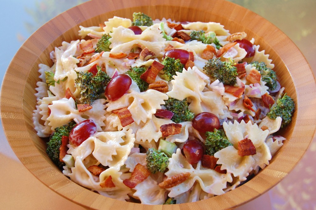 Broccoli Bacon Grape Pasta Salad