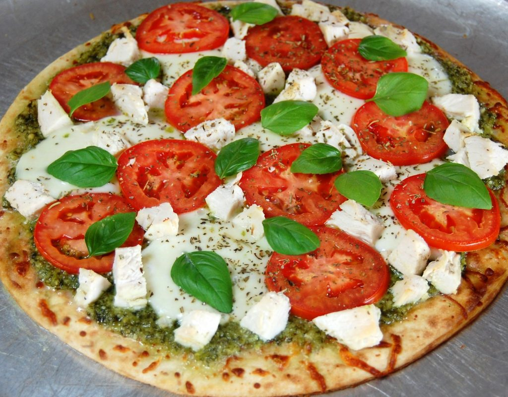 Chicken Pesto Pizza | Cooking Mamas